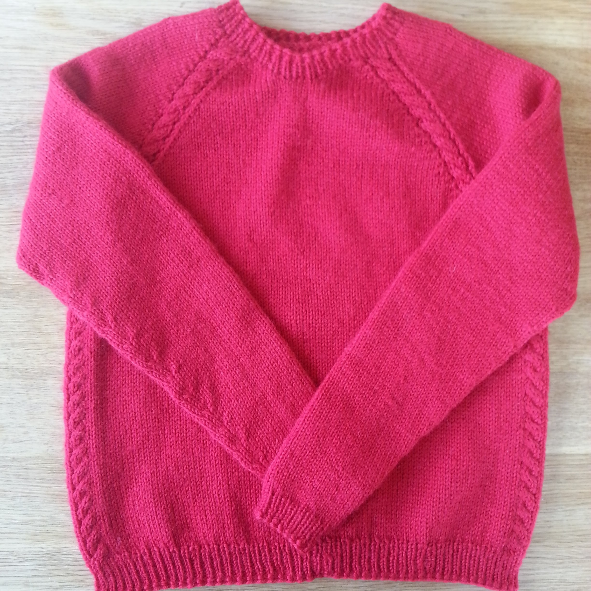 Crew neck in child size with cables